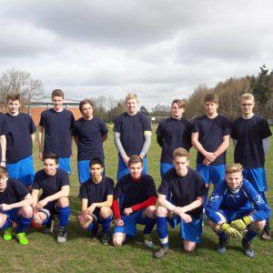 Kreismeister – Das WK II Fußball-Team der Johann-Heinrich-Voß-Schule war in Lamstedt nicht zu schlagen